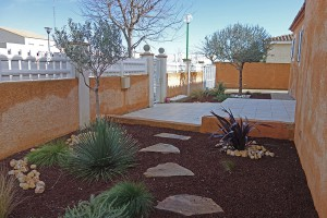 creation jardin sec mediterraneenfrontignan